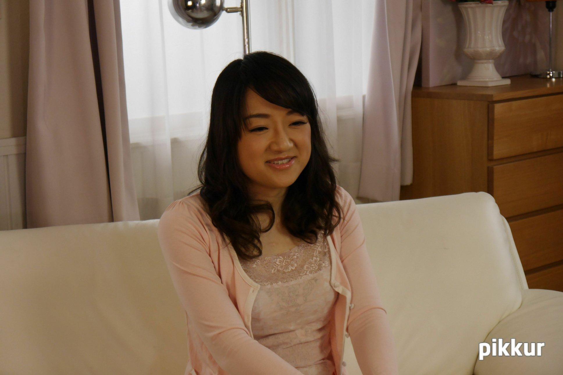 初撮り素人妻 春野聖子 01