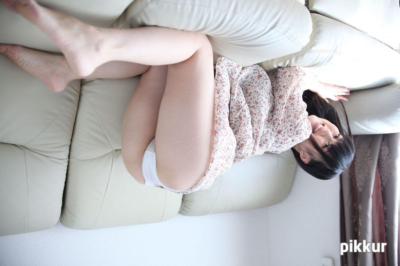 素人娘をAVデビューさせちゃいました! 鳴海小春 09