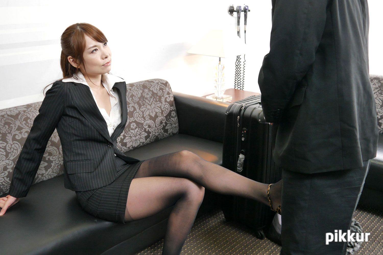 美痴女 ~淫乱熟女に弄ばれる~  Part.2 甲斐みはる 02