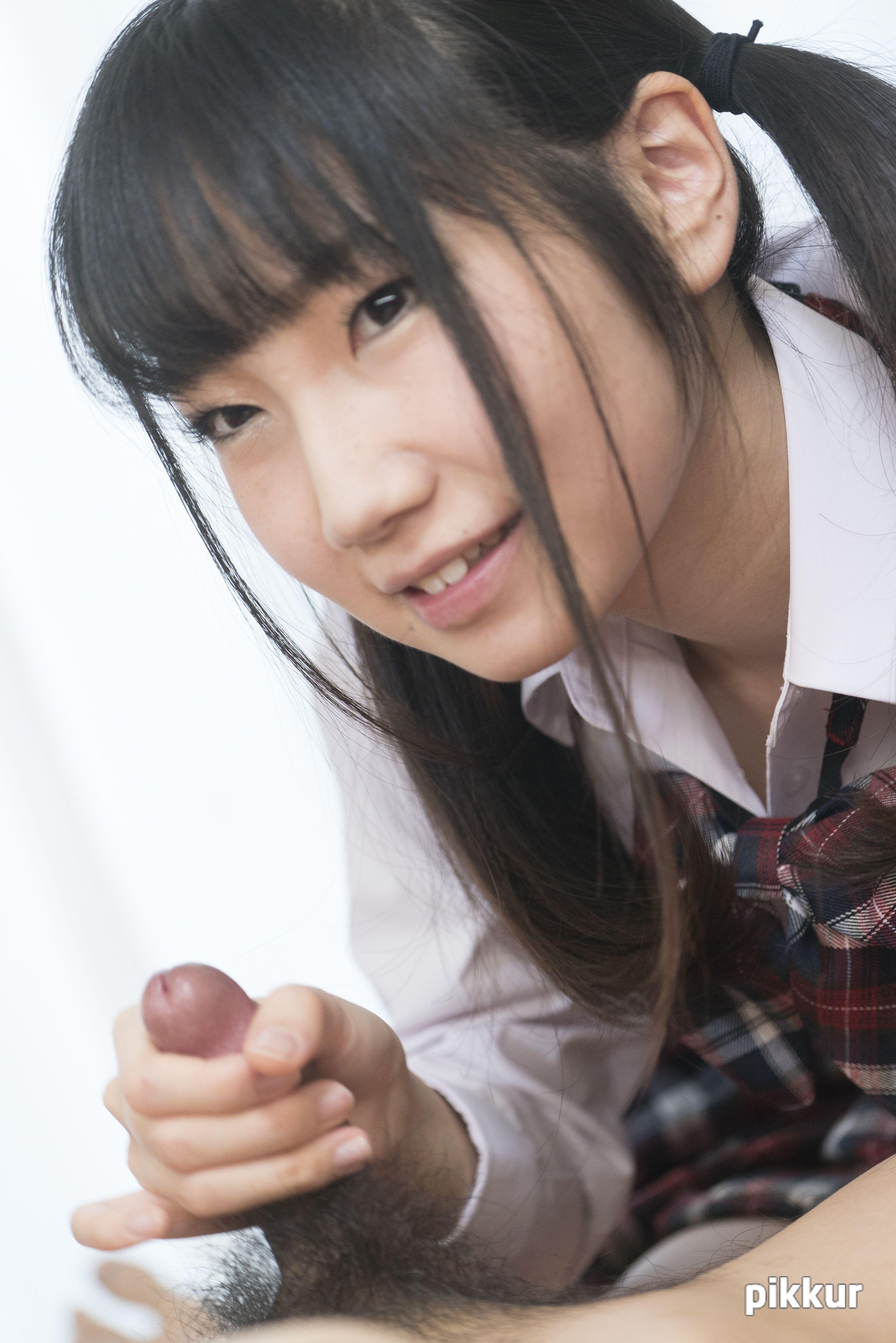 縦型動画 040 〜亀頭にキスする可愛いフェラ〜 今村加奈子 05
