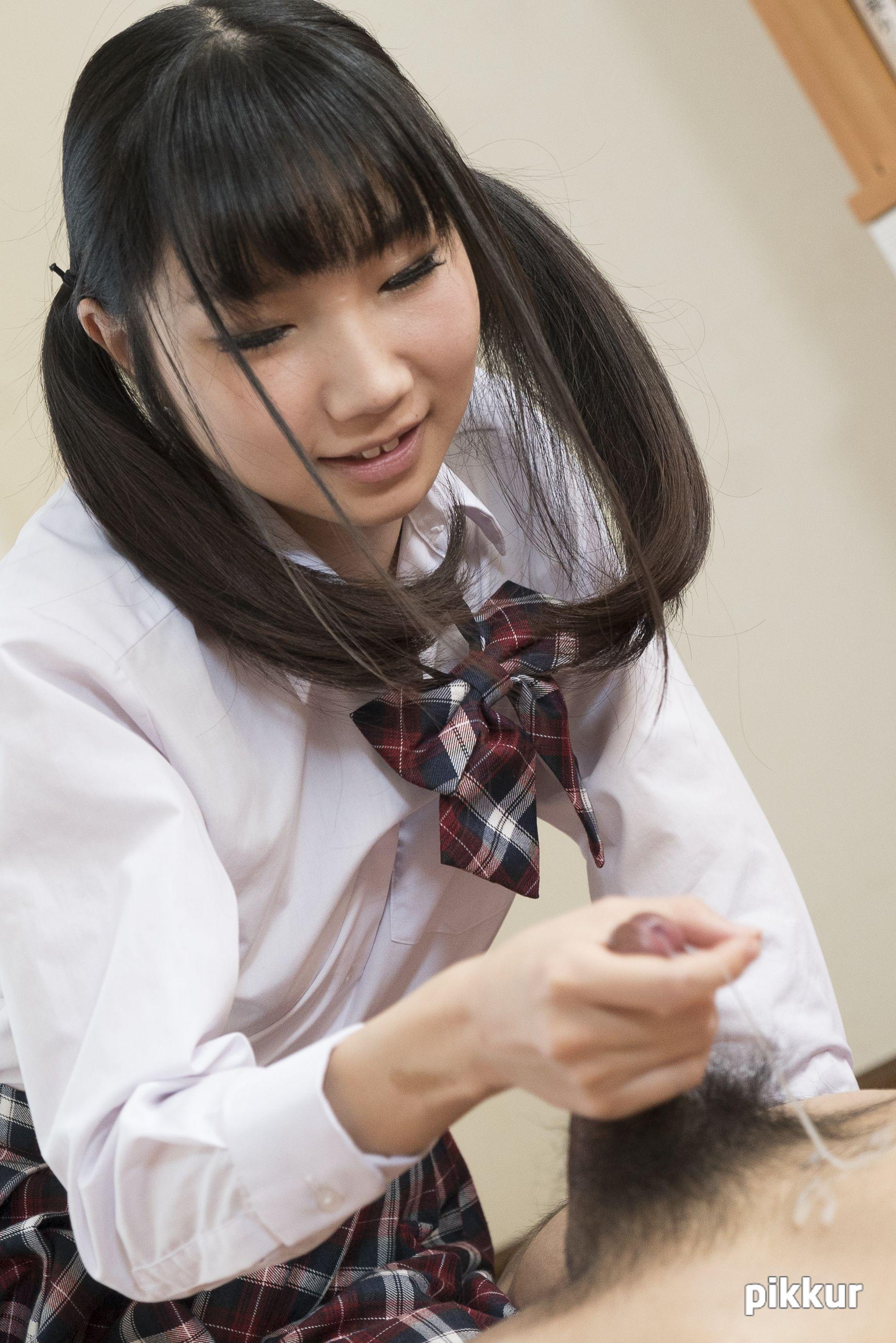 縦型動画 040 〜亀頭にキスする可愛いフェラ〜 今村加奈子 09