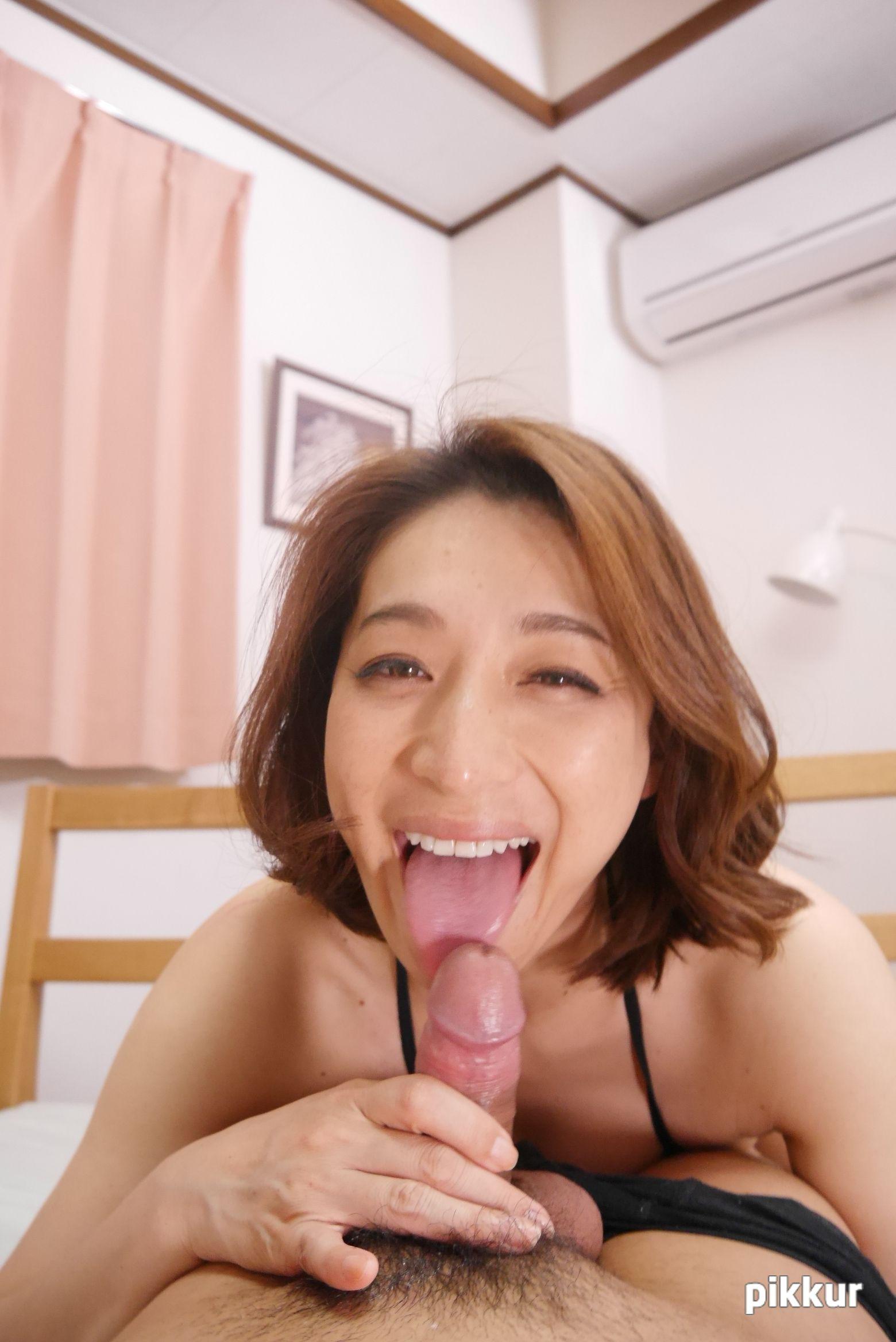 縦型動画 030 〜レジェンドフェラチオ〜 松本まりな 04