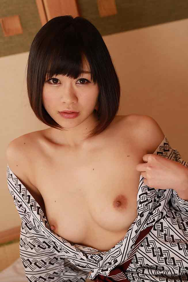 Hot spring beauty: Manaka Shibuya
